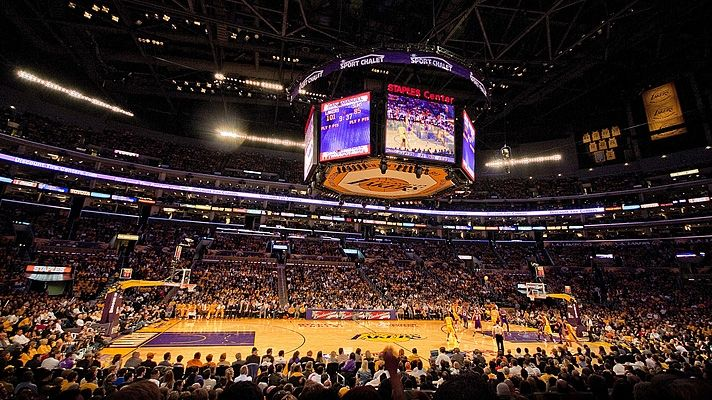 LA Lakers Staples