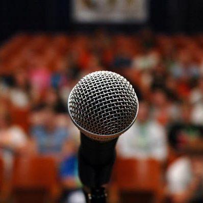 microphone-crowd-600-pr