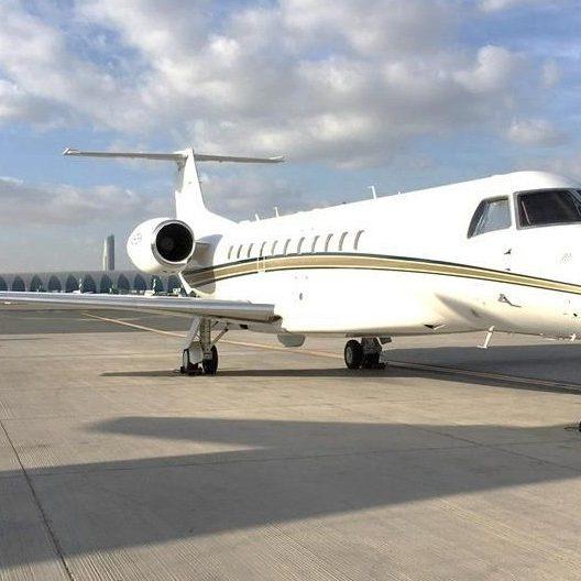 8_private-jet